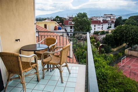 hotel villa giardini naxos hotel villa giardini naxos sicily summer holidays