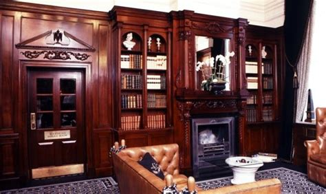 Design Home Interiors Wallingford by Hallidays Panelled Rooms