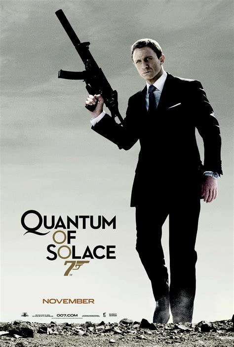 film review of quantum of solace quantum of solace bond 007 2008 down the red carpet