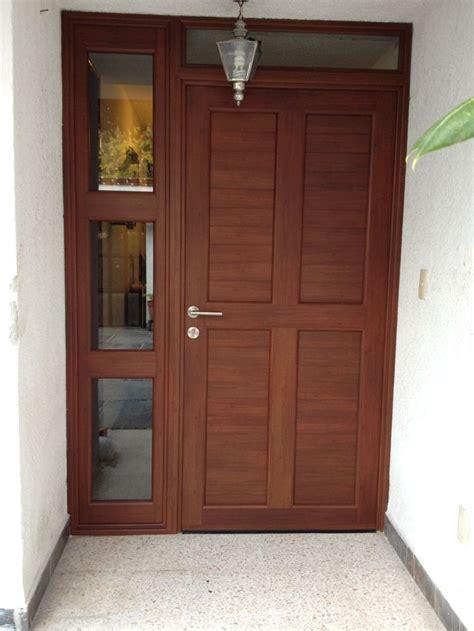 puerta de entrada madera 10 ideas about puertas de entrada r 250 sticas en