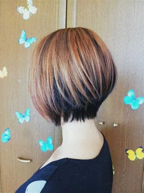 bobbed hair cuts with light coulr at bottom 2tone bob hair color cut style hair pinterest bobs