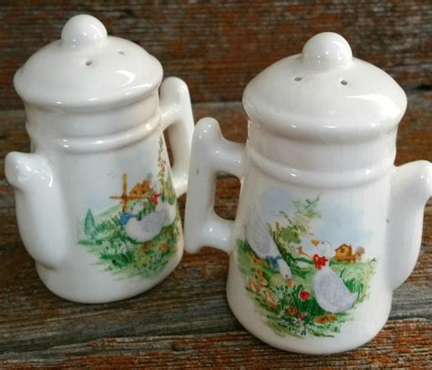 ceramic salt and pepper shakers vintage ceramic salt and pepper shakers robroy ceramic salt