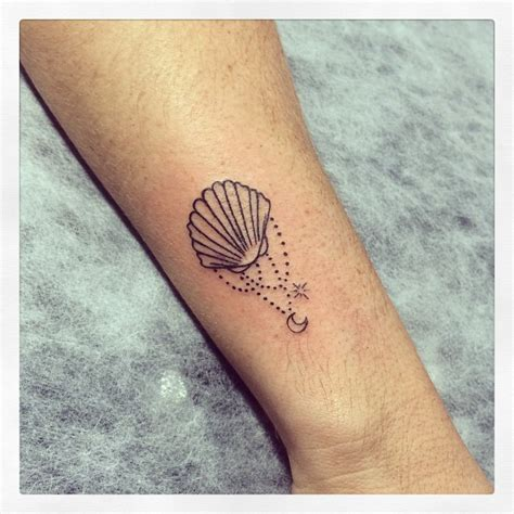 seashell tattoo meaning shell search tattoos shell