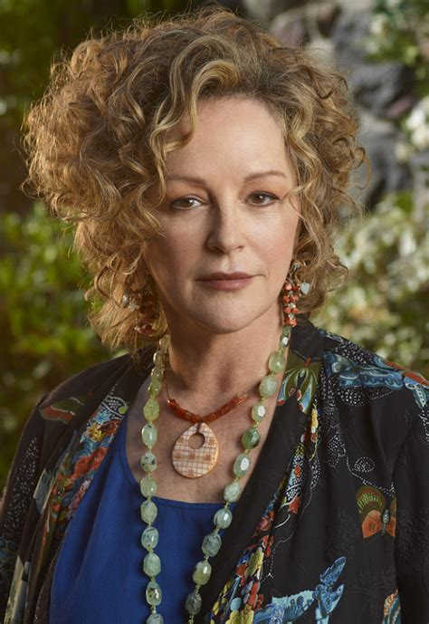 christinas hair from parenthood bonnie bedelia plastic surgery before and after photos