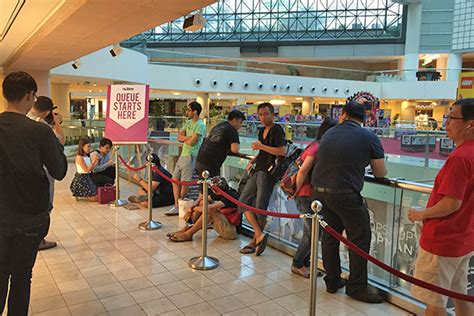 apple reseller singapore apple watch launches in singapore hardwarezone com sg