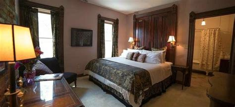 cleveland bed and breakfast wallace manor bed and breakfast cleveland ohio b b