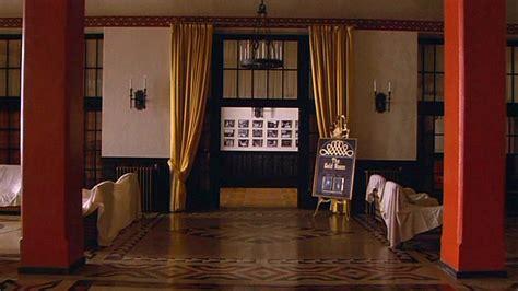 the gold room the shining the shining image 25586622 fanpop