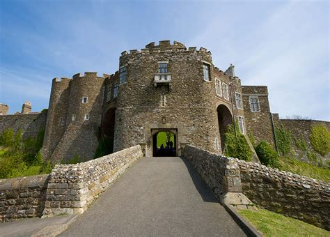 dover castle lostpastremembered gawain and the green knight and canelyne beef pie
