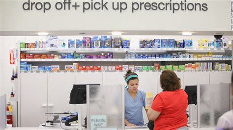 do you know the difference between a pharmacy technician and a