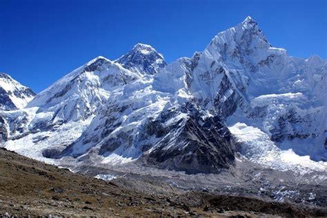 imagenes impresionantes del everest conquist 243 paname 241 o por primera vez la cima del monte