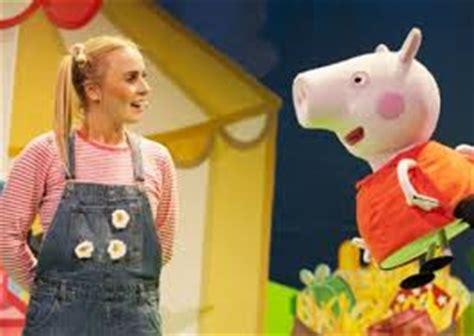Emma Watson Peppa Pig | peppa pig s big splash at the new wimbledon theatre