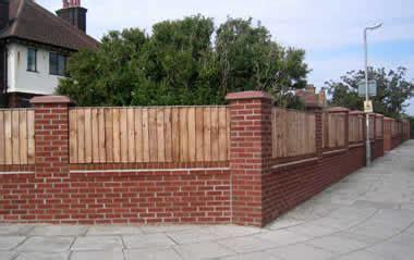 Tebok Motif Merah pagar bata merah grabatex