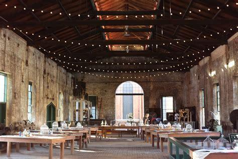 Intimate Savannah Railroad Museum Wedding