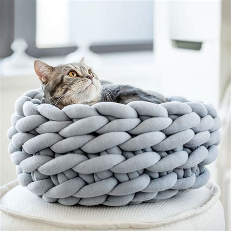 Cat Beds by Chunky Knit Blankets Yarns And Knitwear Ohhio