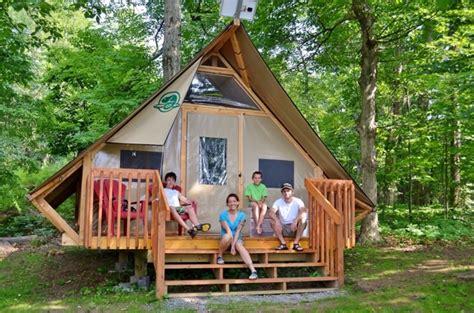 permanent tent cabins 夏だ 山だ いま話題の グランピング に行こう みなさん gling グランピング って聞いた事ありますか