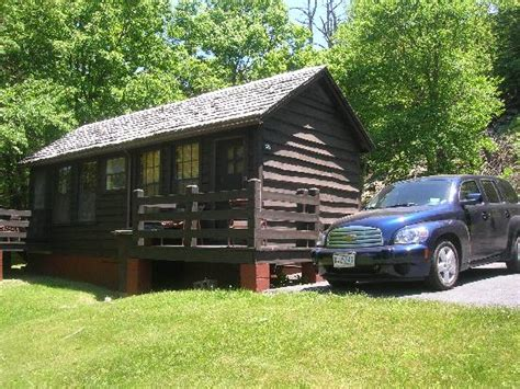 my hire car chevy and cabin picture of skyland