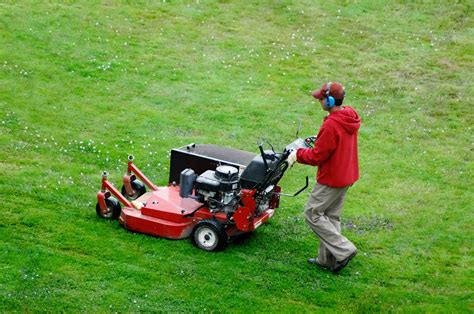 Landscaper Lawn Mower Mowing Elkhart Landscape