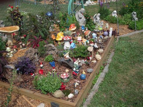 images  gnome gardens  pinterest gardens