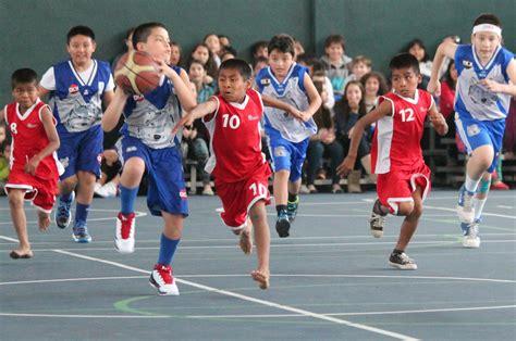 imagenes de niños indigenas jugando ni 241 os triquis jugar 225 n basquetbol en el domo de la feria