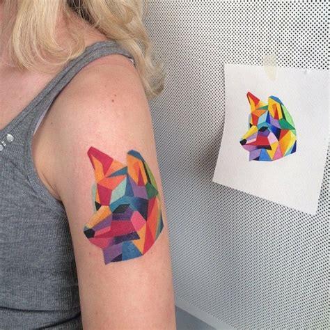 tattoo 3d effekt geometrische tattoos bilder 40 fantastische varianten