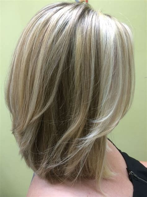 medium length textured bob three shades of blonde shoulder length layered bob my