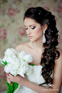 bridal hairstyles down to the side wedding braid on pinterest side braids side braid