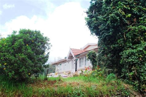 Cottages In Ooty For Family ooty family homestay cottage in ooty homestays guest