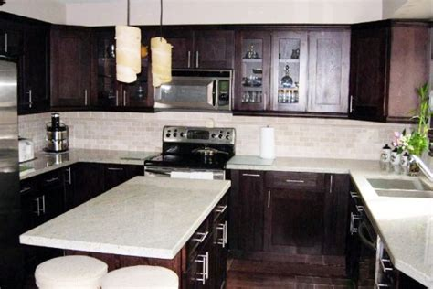 Chocolate Kitchen Cabinets by Chocolate Thermofoil Kitchen Cabinets Kitchen Maple