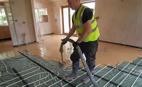 A Screed Masterclass   Homebuilding & Renovating