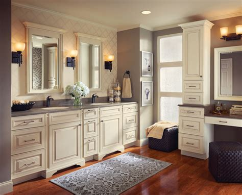 bathroom and kitchen cabinets kraftmaid kitchen bathroom cabinets gallery kitchen