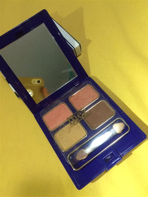 Eyeshadow Inez Gold hai ariani eye shadow inez
