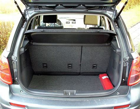 Auto Verbandskasten Neu Ab 2015 by File Suzuki Sx4 Kofferraum Jpg Wikimedia Commons