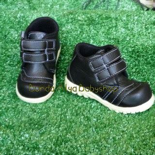 Sepatu Casual Anak Anak 5 Tahun 1 sepatu anak boots 1 2 3 4 tahun hitam sepatu anak resmi