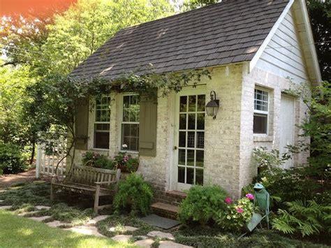 tiny house cottage garden sheds cottage homes backyard