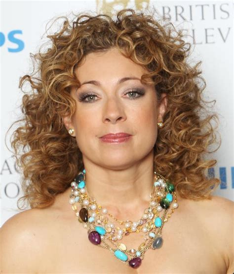 25 latest curly hairstyles for 2016 the xerxes