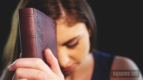 imagenes mujeres orando a dios como recuperar el fervor espiritual lucas 10 27 la biblia
