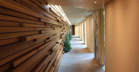 decorate  long narrow hallway