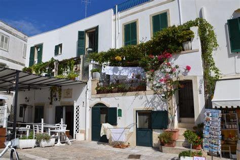 terrazze fiorite terrazze fiorite foto di borgo antico di otranto