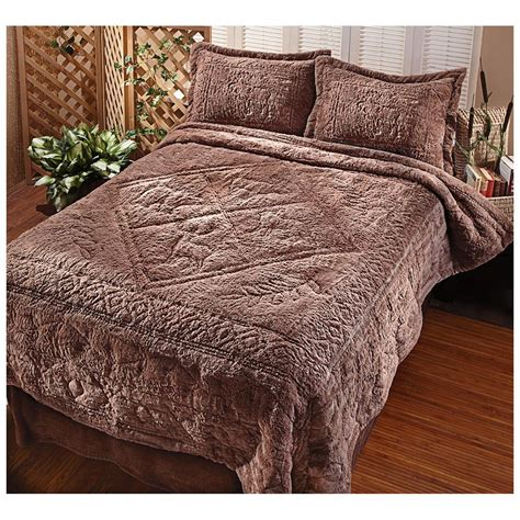 plush comforter castlecreek northwoods ultra plush comforter set 421011