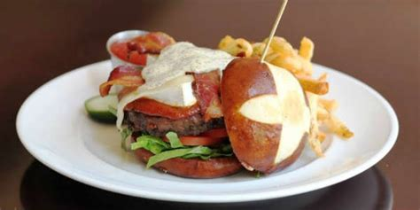 Marlow S Tavern Gift Card - marlow s tavern offering limited time burgers brews menu citysurfing orlando