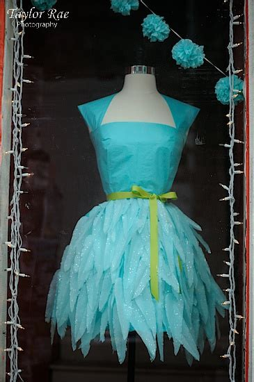 How To Make A Paper Dress To Wear - tissue paper dress so inspired to wear