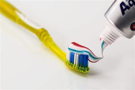 Pasta Gigi Aquafresh photo gratuite brosse 192 dents dentifrice image