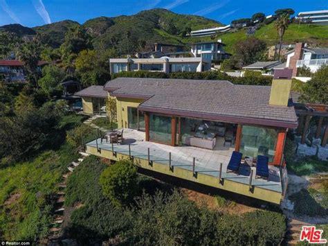 iron malibu house robert downey jr buys malibu mansion for 3 5m daily