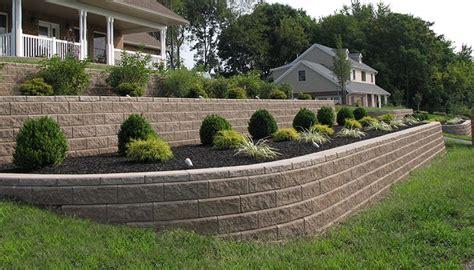 Sloped Backyard Retaining Wall by Lighting Grade Change Terrace Sloping Yard Retaining