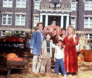 kimberly j brown returning to halloweentown in st helens