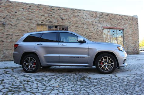 Jeep Srt Forum New Jeep Grand Srt Solidifies Suv S Iconic Status