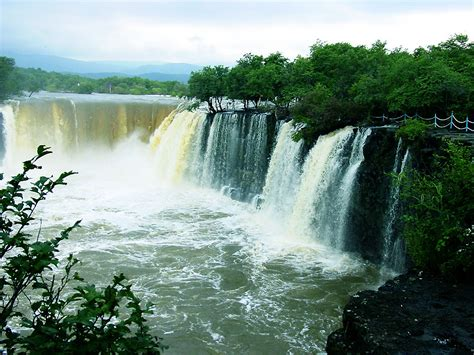 Famous Waterfalls | paradise china famous waterfalls in china