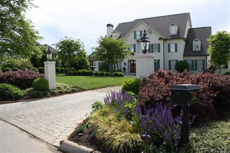 Driveway Entrance Landscaping Ideas Landscaping Pictures Of Landscaping Ideas For Driveway Entrance