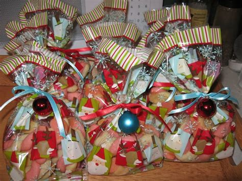 christmas gift bags ideas for coworkers christmas gift