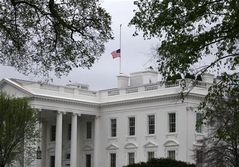 white house flag half staff white house flags flown at half staff for boston zimbio